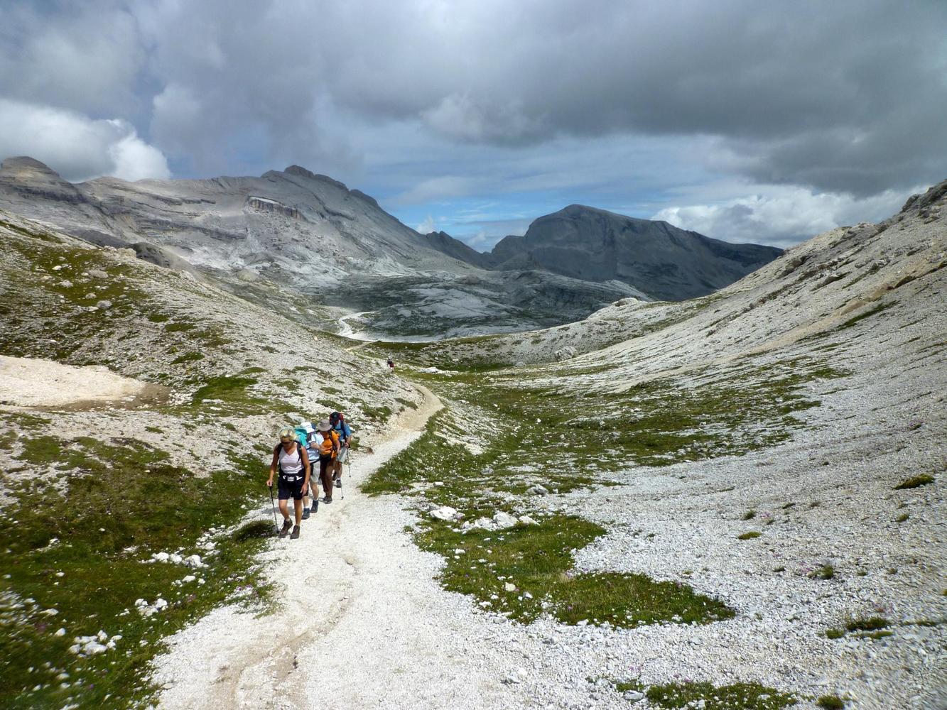 Montée au Forcella de Medesc, Dolomites - Aurélie Mansiot