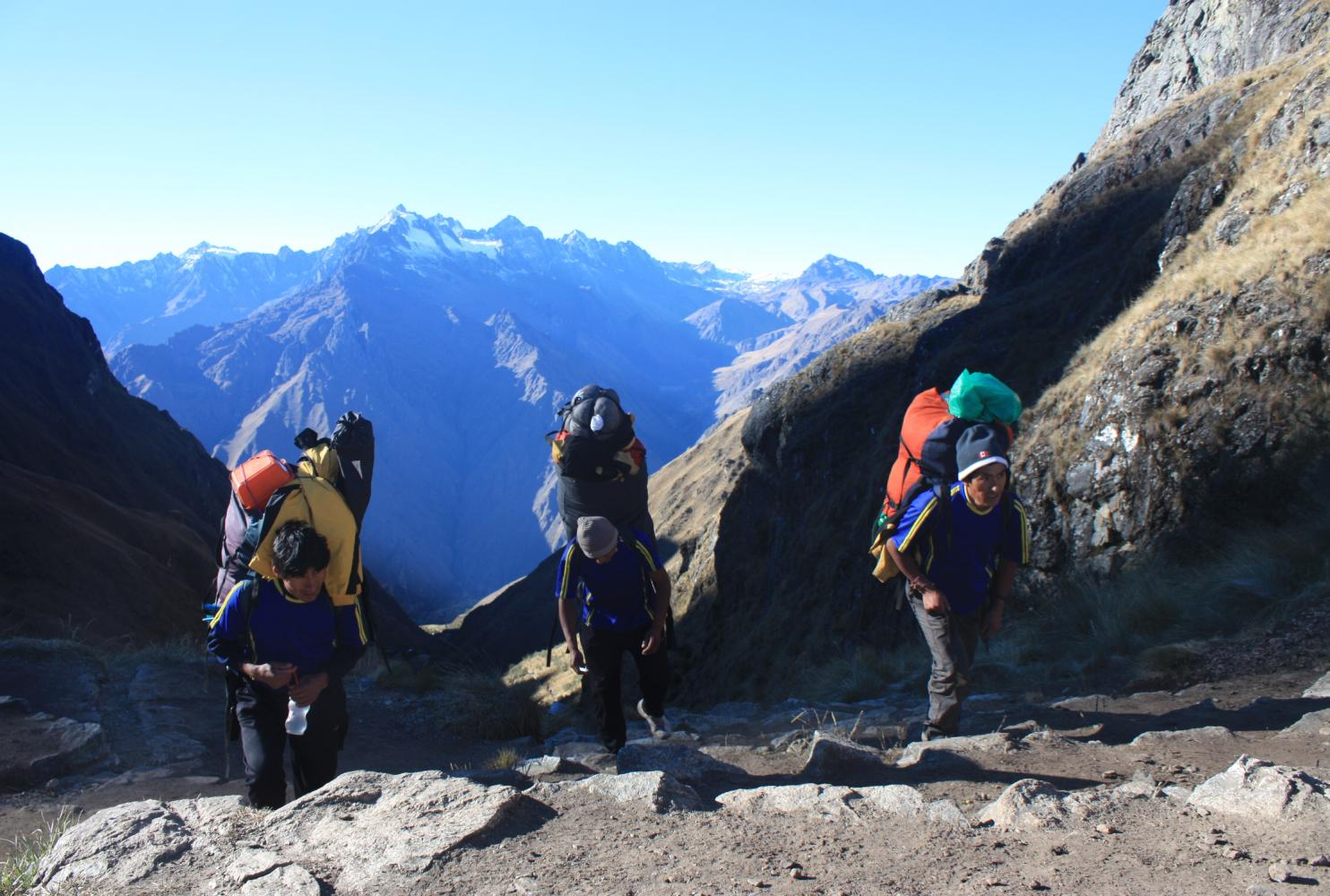 porteurs col inca trail sherpas
