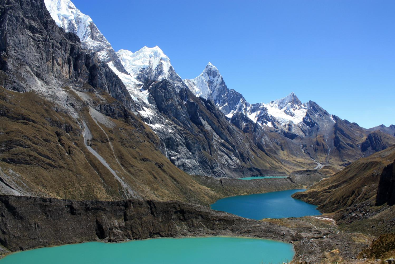 lac glaciaire altitude perou