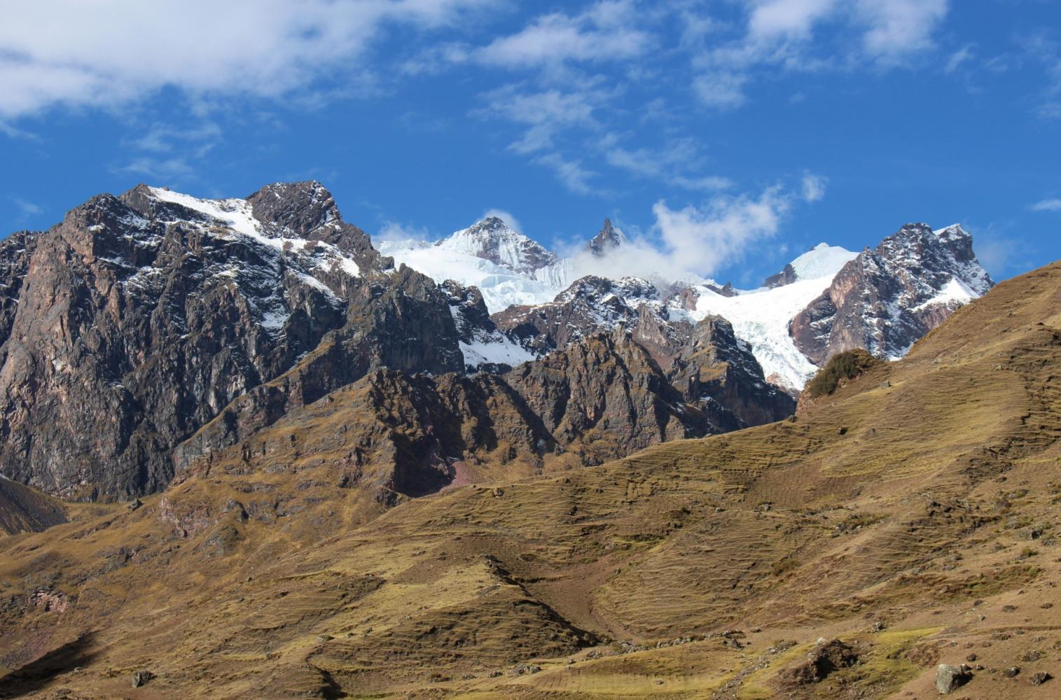 montagnes sacrées randonnée trek