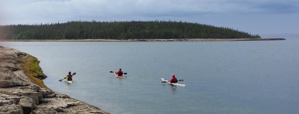© excursion noryak camp de base kayak