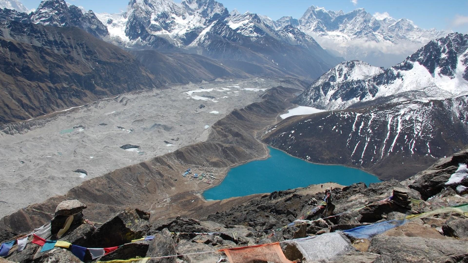 Trek Choisir Au Niveau NépalQuel vNwnPm8O0y